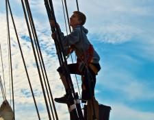 Heading aloft